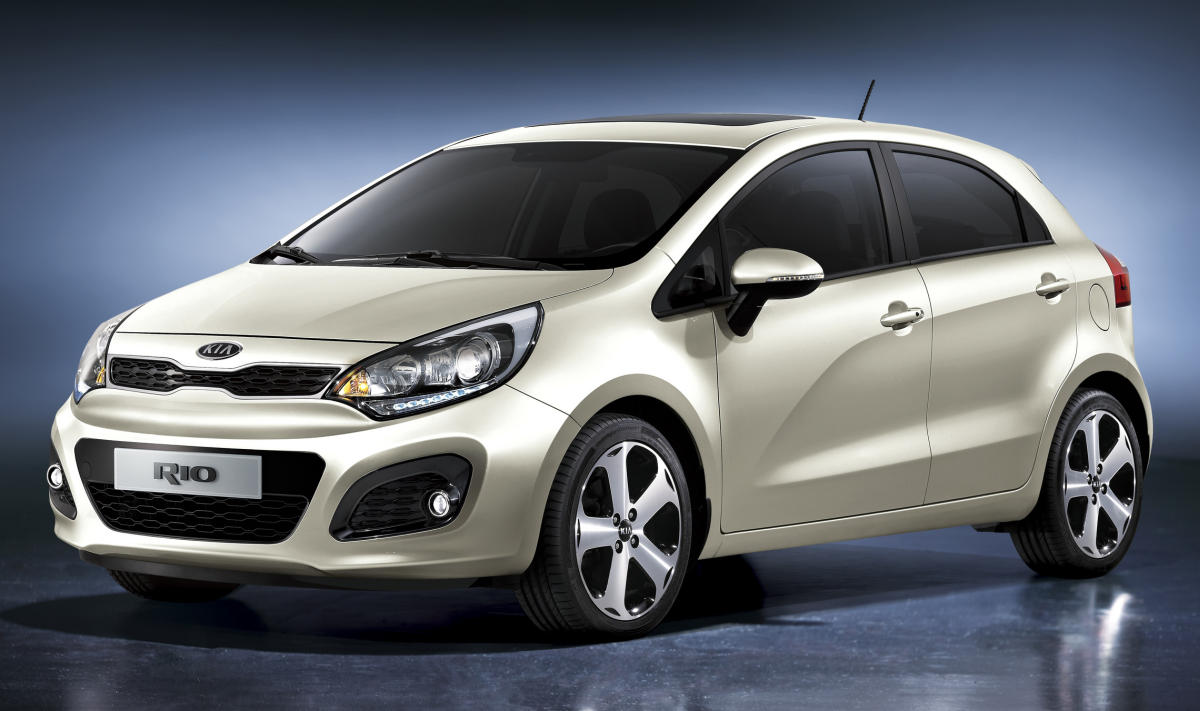 http://taufan.files.wordpress.com/2011/03/kia-rio-2011.jpg